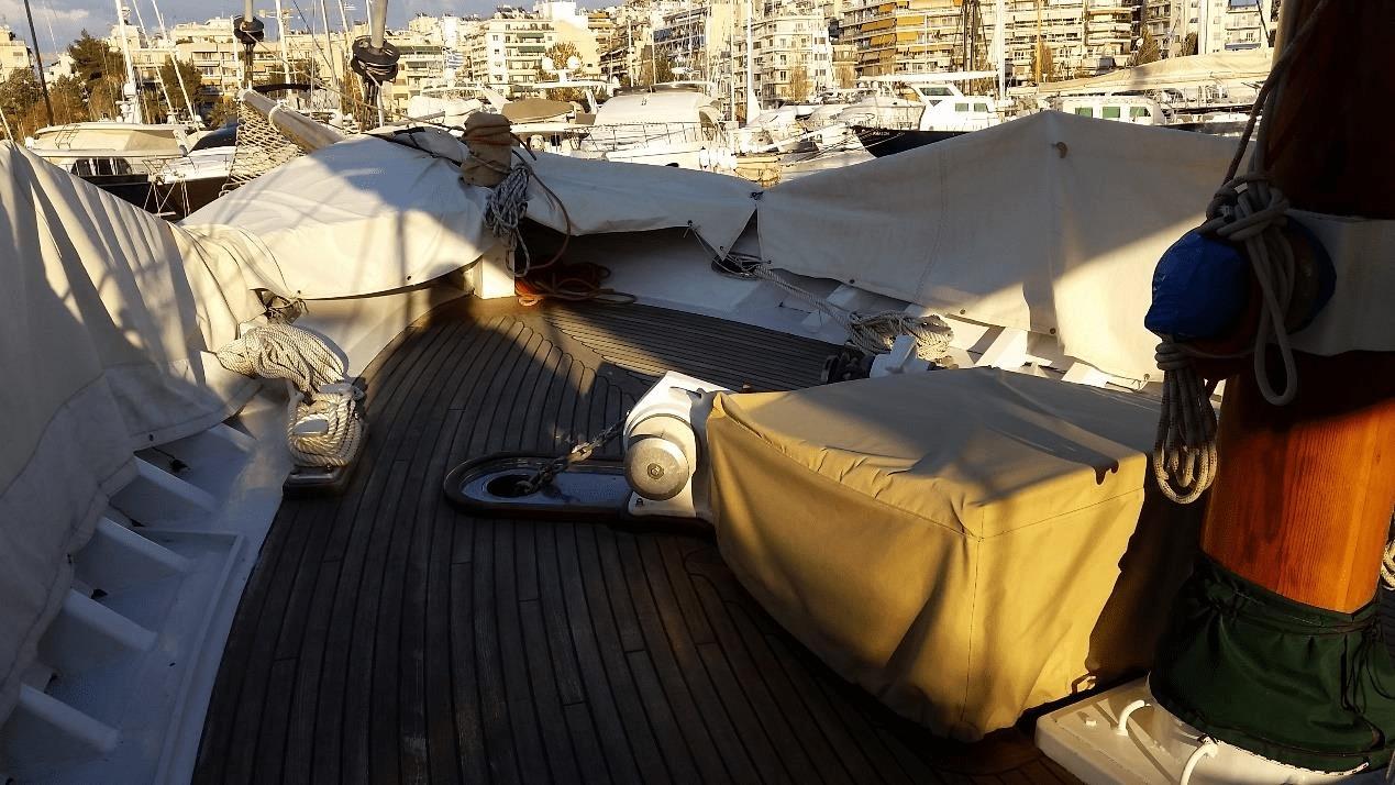 Διαμονή στο σκάφος Scorpionero 950 στην Ικαρία 6