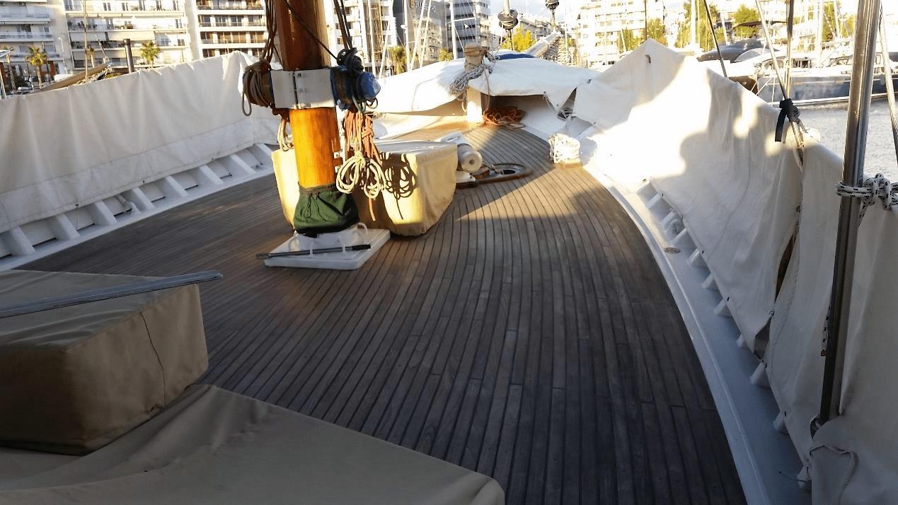 Διαμονή στο σκάφος Scorpionero 950 στην Ικαρία 7
